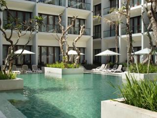 Deluxe Swimming Pool