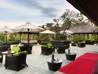 Java Hut Bar and Lounge