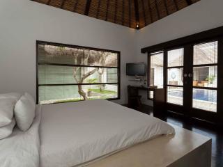 5 Bedroom Villa - Bedroom