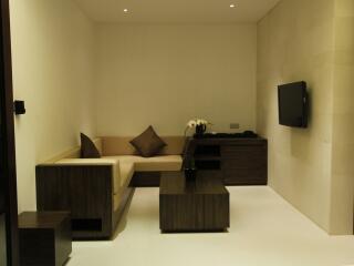 1 Bedroom Pool Villa Living