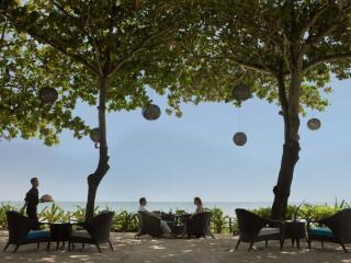 Sunset Beach Bar & Grill