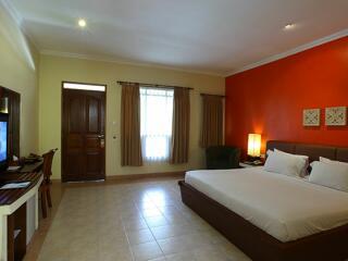 Jacuzzi Resort Room