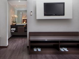 3 Bedroom Loft - Upstairs Bedroom
