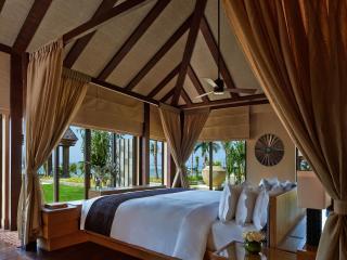 Oceanfront Villa Bedroom