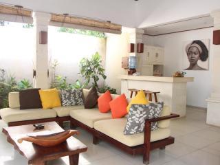 2 Bedroom Villa Jepun