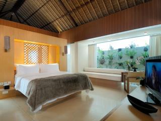 2 Bedroom Haven Pool Villa Bedroom