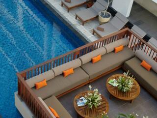 Upper Pool Lounge