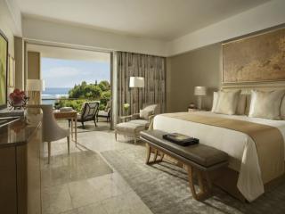 Grandeur Bedroom