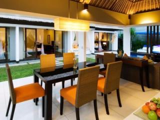 Villa Dining Area