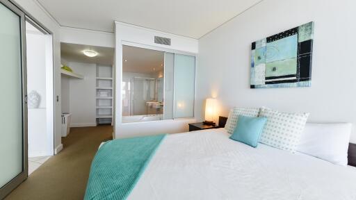 Bedroom & Ensuite