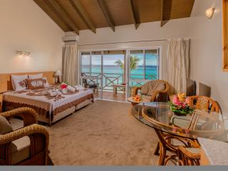 Moana Sands Cook Islands - Deluxe Beachfront Studio