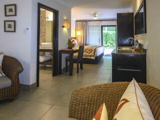 Premium Garden Suite Sitting Area