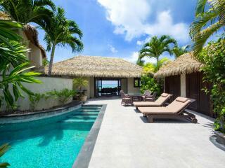 Ultimate Beachfront Villa Courtyard