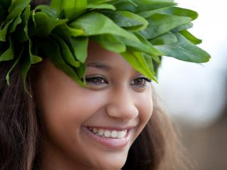Polynesian Girl with Head Lei