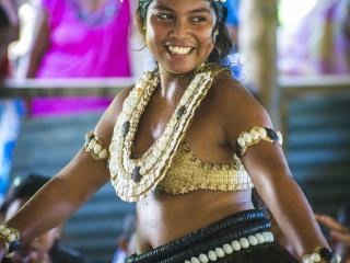 4 Cultures - Dancer