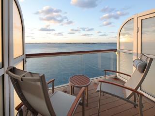 ML Aqua class balcony