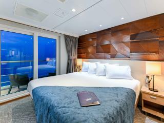 Coral Adventurer Explorer Deck Stateroom