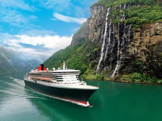 Cunard - Queen Mary 2 - Exterior