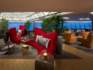 ms Koningsdam Crows Nest Bar