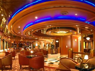 Emerald Princess Crooners Bar