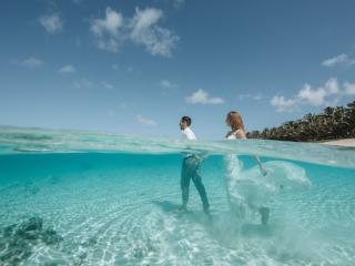 Pacific-Resort-Rarotonga-Weddings-Trash-the-Dress