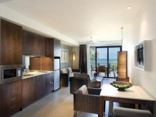 2 Bedroom Beachfront Living Area