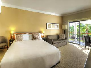 Superior Oceanside King Room