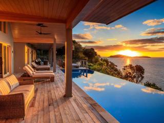 Kokomo Private Island Residence deck