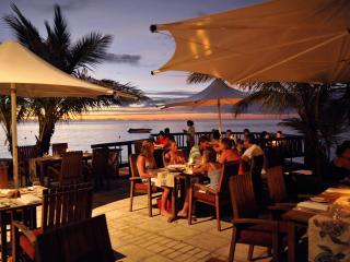 Castaway Island Fiji Dining