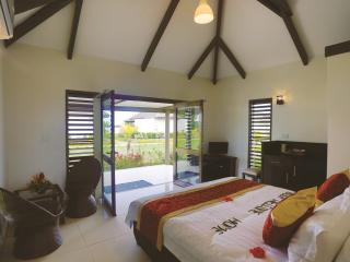 Garden Bure - Bedroom