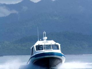 Mamanuca Express - Island Hopping Charter