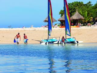 South Sea Island Cruise - Beach Activities