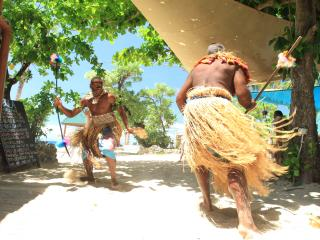 South Sea Island Cruise - Culture