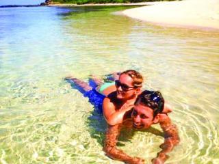 Barefoot Kuata Island Cruise - Couple on Beach