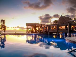 Mana Island Resort