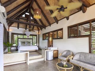 1 Bedroom Blue Lagoon Villa