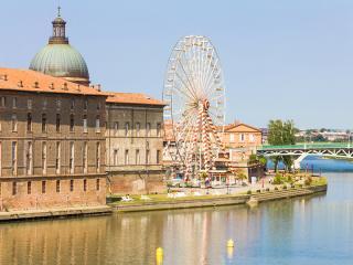 Pont Saint Pierre Bridge Over The Garonne River Toulouse