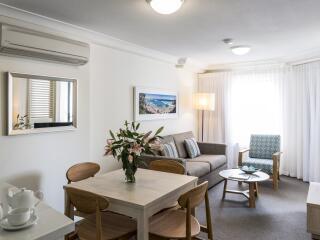 1 Bedroom Premier - Living