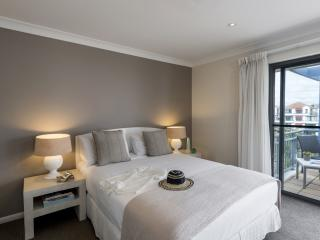 2 Bedroom Executive Premier - Bedroom