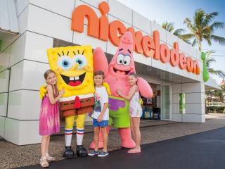 Nickelodeon Land SpongeBob Meet Greet - Sea World