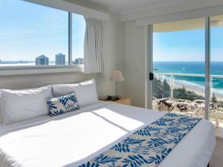 2 Bedroom Ocean View Apartment - Bedroom