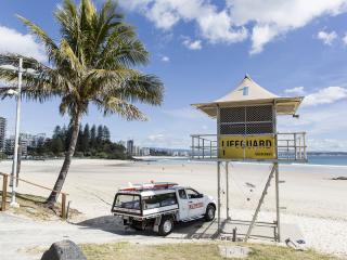 Rainbow Bay Beach