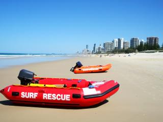 Southport Beach & Surfers Paradise