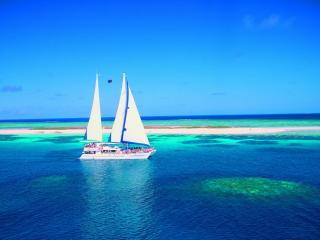Michaelmas Cay Cruise