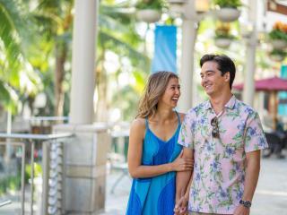Shopping - Waikiki Beach