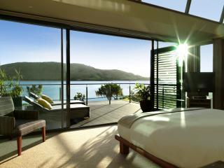 Yacht Club Villa Bedroom