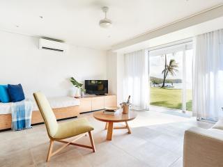 North Beachfront Villa