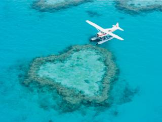 Plane at Heart Reef
