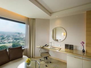 Deluxe Room High Floor