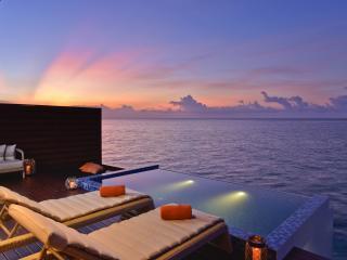 Ocean Pool Water Villa